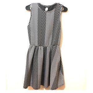 ✨ Flared geometric design dress